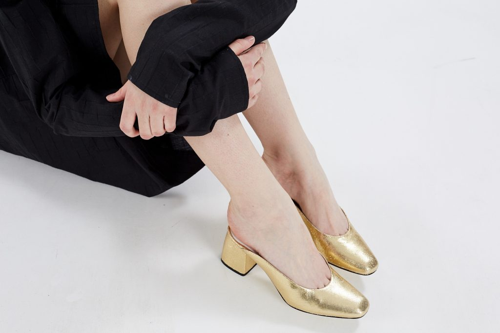 amelie picard golden shoes