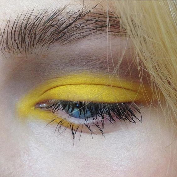 Giallo makeup