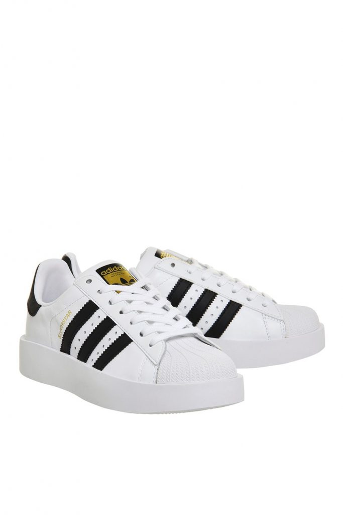 Superstar Bold Trainers di Adidas