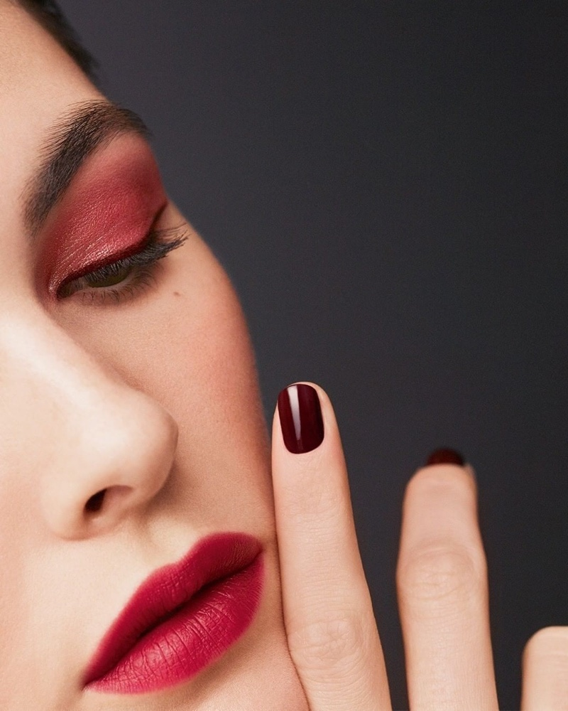 chanel-beauty-fall-2020-campaign-05